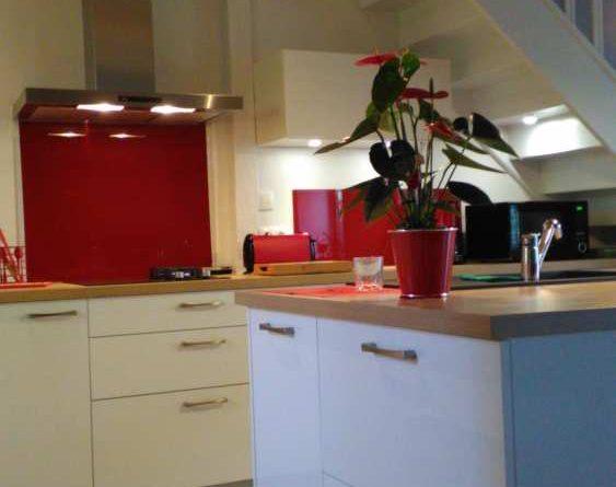Cuisine moderne et maison ancienne - BARBOT Agencement